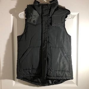 cute winter vest for the upcoming fall/winter!